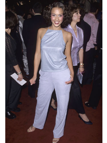 mcx-jessica-alba-red-carpet-fashion-retrospective-005-de